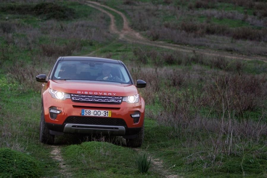LAND ROVER DISCOVERY SPORT 2.0 TD4 4X4