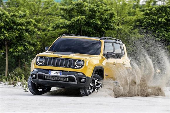 Jeep Renegade renovado estreia motores turbo a gasolina