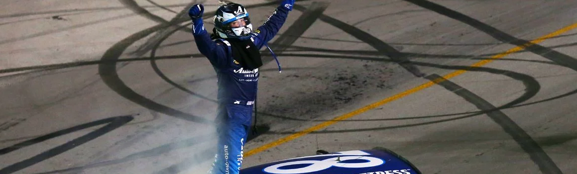Martin Truex Jr conquista a prova do Kentucky
