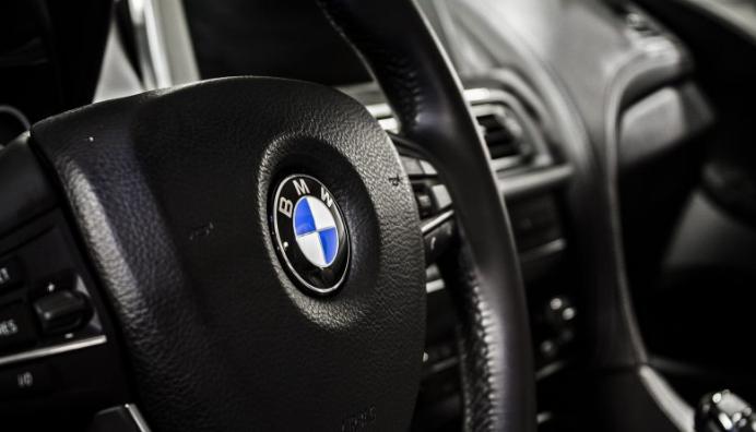 Vaga de assaltos a volantes de carros BMW no norte e centro do país