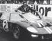 Matt Damon e Christian Bale protagonizam rivalidade entre Ford e Ferrari