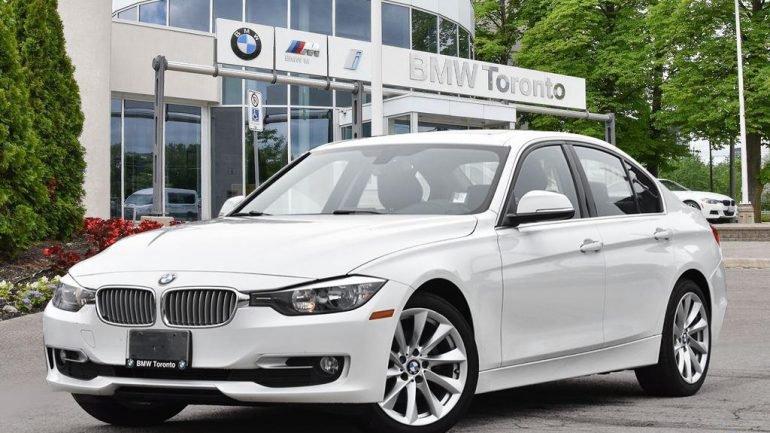 Vendas ou morte! Num concessionário da BMW