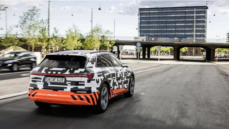 Audi quer que os noruegueses encomendem o e-tron