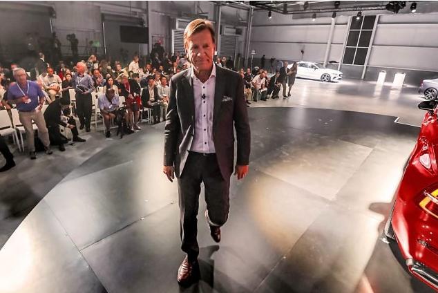 O homem que está a mudar a Volvo fica até 2022