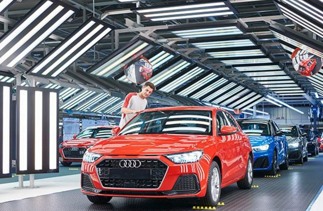 Tudo trocado. Seat produz Audi e VW fabrica Seat