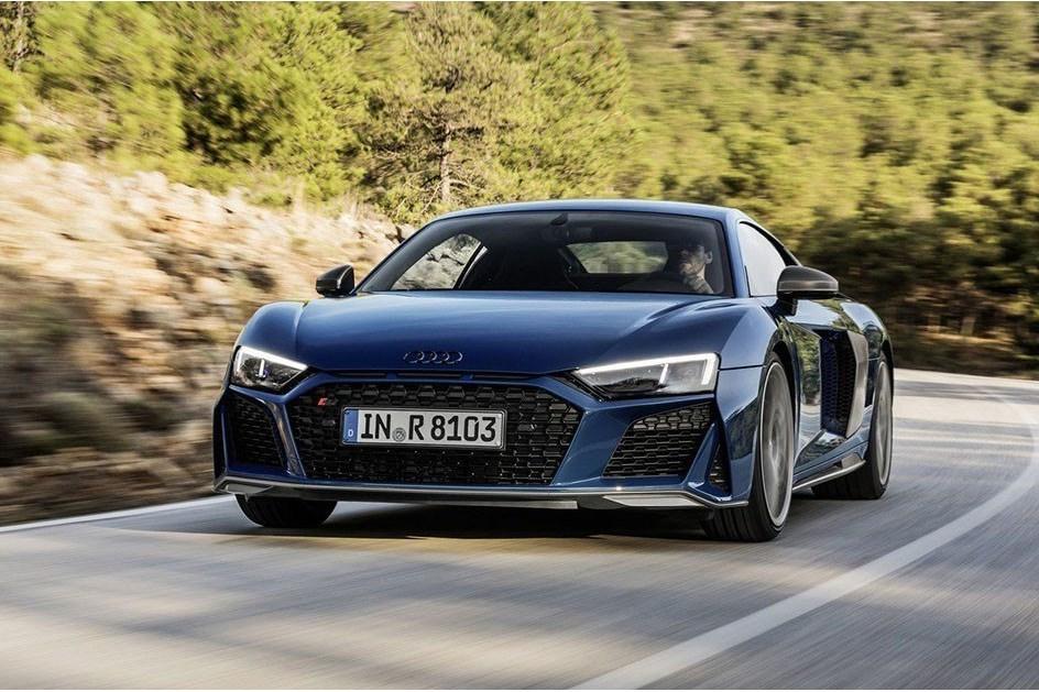 Audi R8 foi renovado: nova imagem e motor V10 mais potente