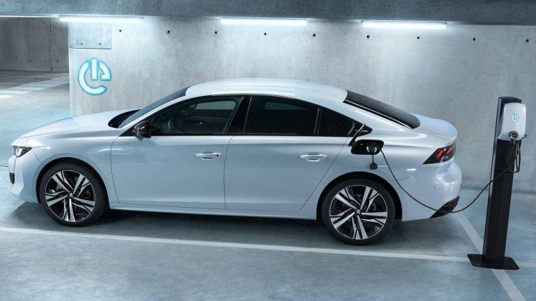 Peugeot está a desenvolver um 508 R com 350 cv