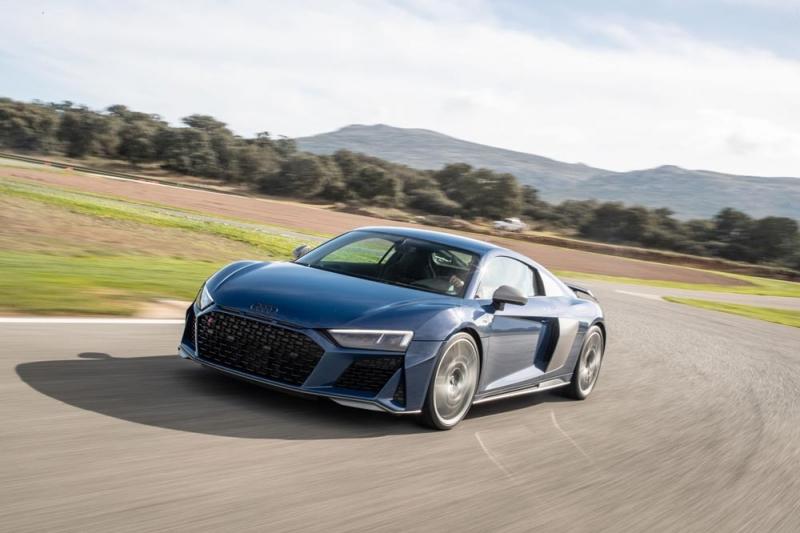 Ao volante do novo Audi R8