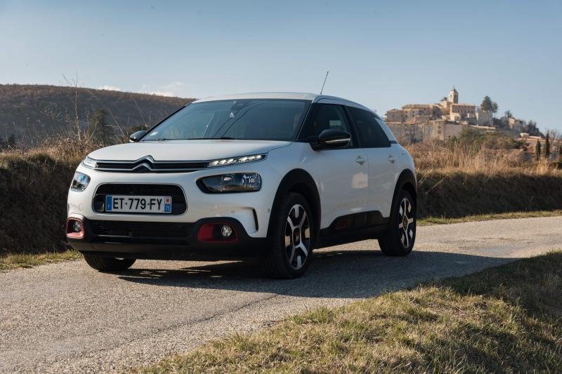 Citroën C4 Cactus com novo motor 1.5 BlueHDi e versão de topo