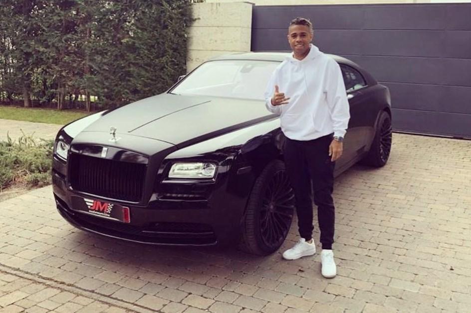 Substituto de Ronaldo comprou Rolls Royce de 400 mil euros