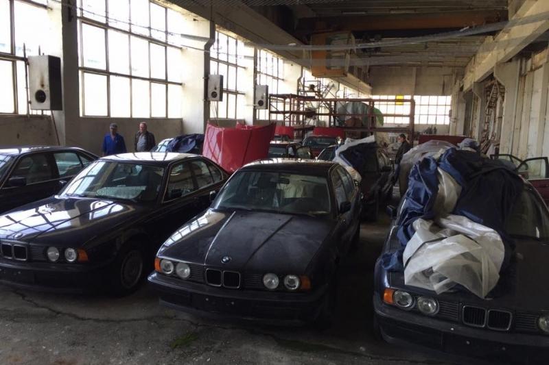 Frota BMW com 25 anos e zero quilómetros encontrada em armazém