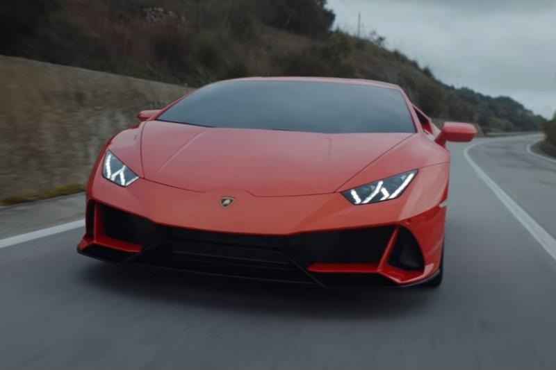 Lamborghini Huracán EVO é ótimo 'ator' de vídeos