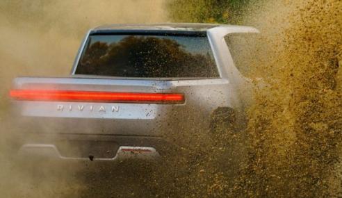 Esta pick-up eléctrica é mais rápida do que o Porsche Taycan