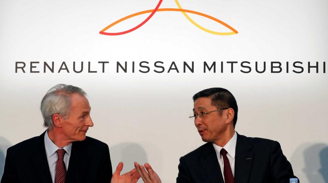 """Renault e Nissan prometem """"novo começo"""" em aliança"""