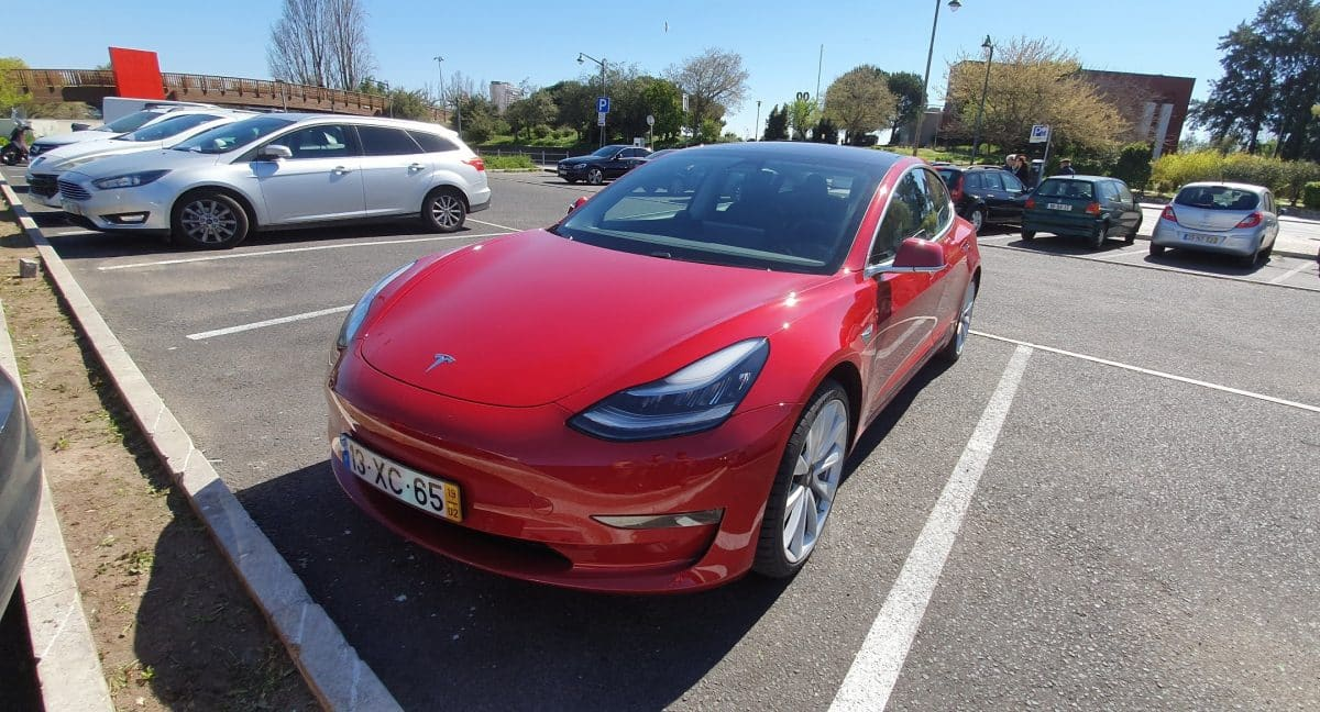 O seu Tesla sabe muito sobre si e não guarda bem segredos