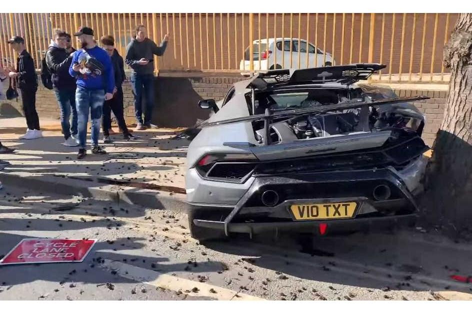 Lamborghini Huracán Performante de 300 mil euros