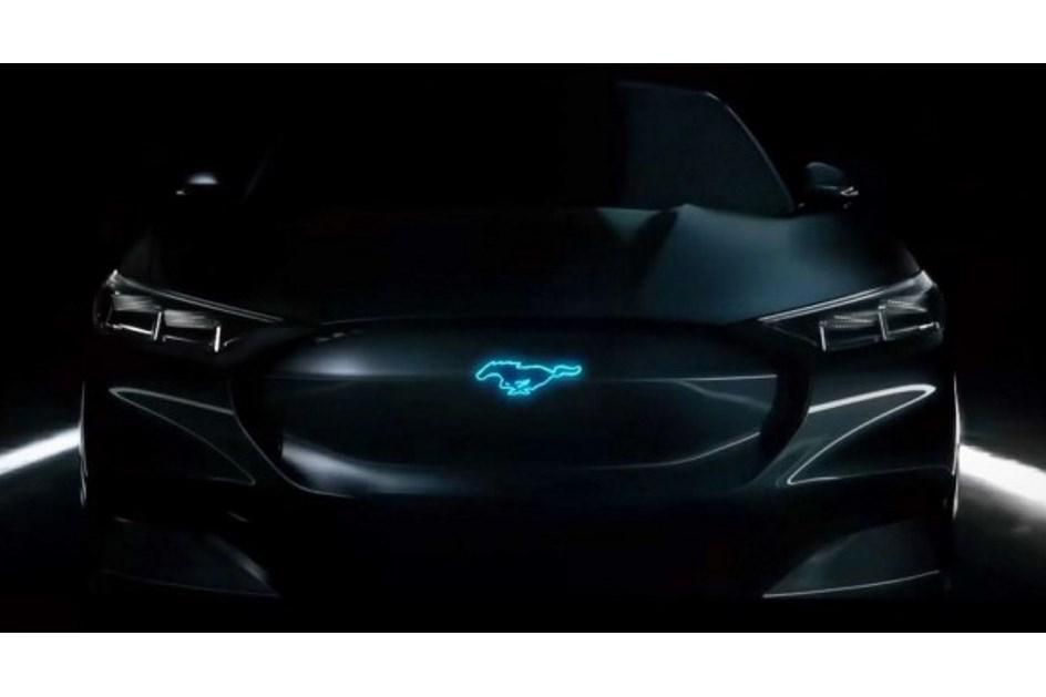 """Ford tentou """"passar a perna"""" à Tesla no dia em que o Model Y foi apresentado"""